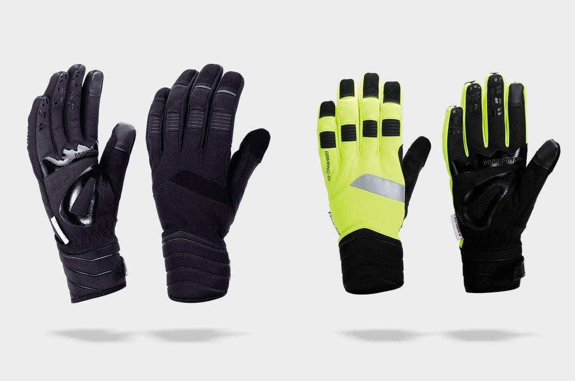 Twee uitvoeringen van de BBB WaterShield handschoenen.