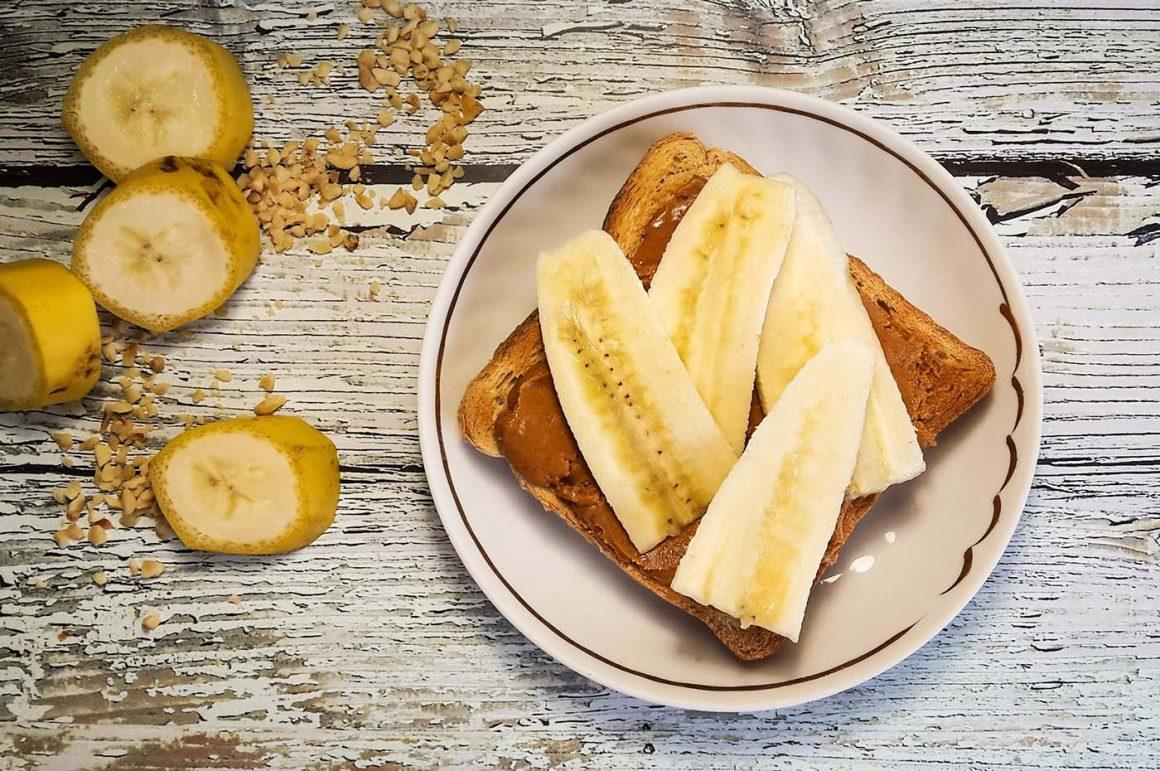 pindakaas en banaan